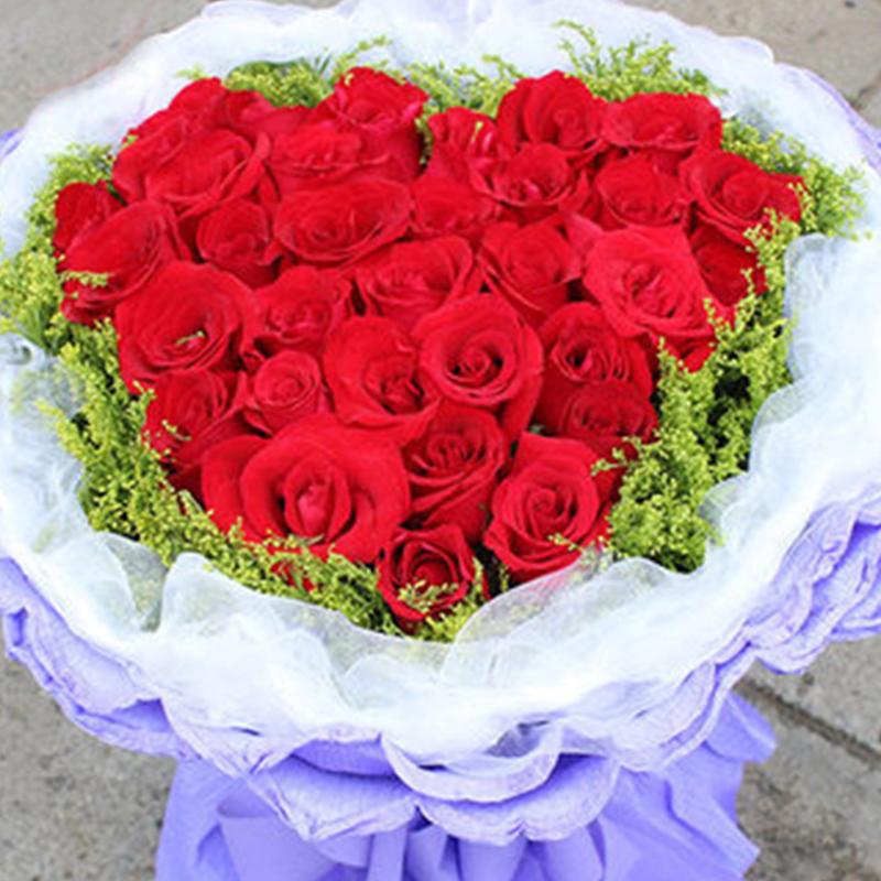 【甜蜜爱情】33枝红玫瑰花束A款
