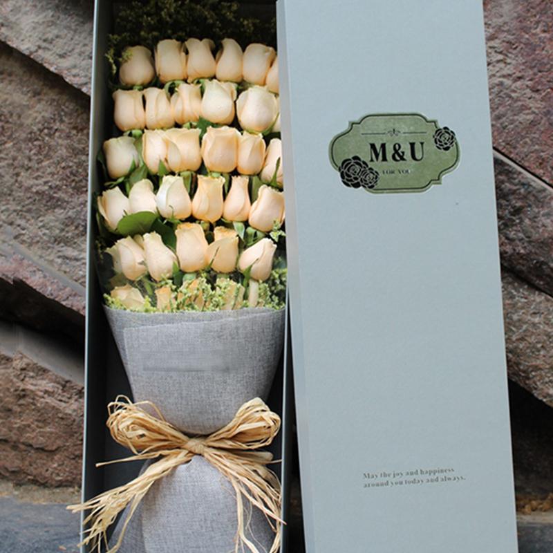 【恋上你】33枝香槟玫瑰礼盒