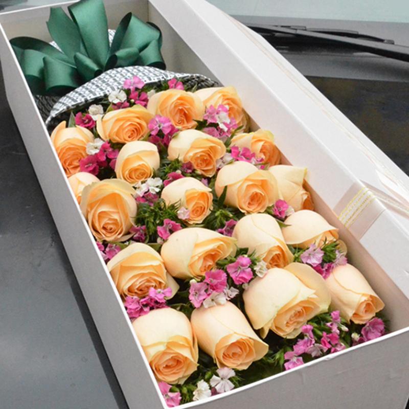 【純真摯愛】20枝香檳玫瑰禮盒