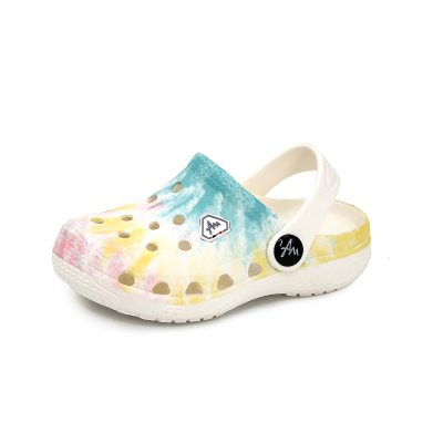 39元包邮      AM爱慕玛蒂诺儿童涂鸦印花洞洞鞋