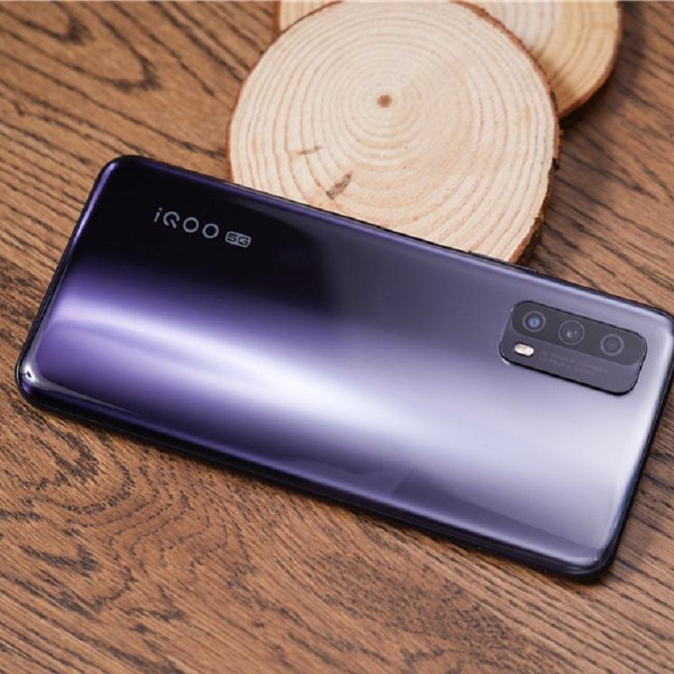 浅谈iQOO品牌2020年的诚意之作——iQOO-苏宁头条